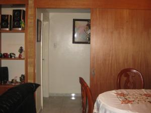 Apartamento En Venta En Maracay - La Arboleda Código FLEX: 18-16943 No.7