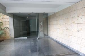 Apartamento En Alquiler En Caracas - Lomas del Sol Código FLEX: 18-16962 No.1