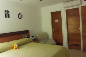 Apartamento En Alquiler En Caracas - Lomas del Sol Código FLEX: 18-16962 No.5