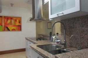 Apartamento En Alquiler En Caracas - Lomas del Sol Código FLEX: 18-16962 No.13