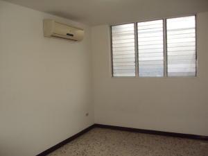 Apartamento En Alquiler En Maracay - El Bosque Código FLEX: 19-833 No.7