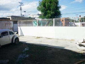En Venta En Maracay - Paraparal Código FLEX: 19-143 No.17
