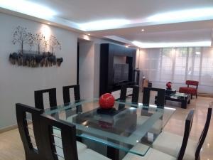 Apartamento En Venta En Caracas - Colinas de La Tahona Código FLEX: 19-1062 No.5