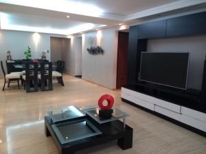 Apartamento En Venta En Caracas - Colinas de La Tahona Código FLEX: 19-1062 No.7