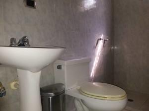 Apartamento En Venta En Caracas - Colinas de La Tahona Código FLEX: 19-1062 No.15