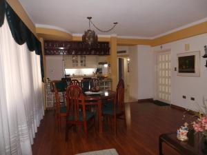 Apartamento En Venta En Maracay - El Bosque Código FLEX: 19-315 No.9