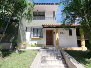 Casa En Venta En Maracay - Andres Bello Código FLEX: 19-361 No.3