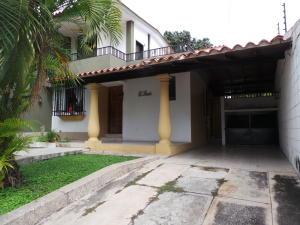 Casa En Venta En Maracay - Andres Bello Código FLEX: 19-361 No.4