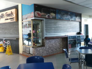 Local Comercial En Venta En Maracay - Base Aragua Código FLEX: 19-365 No.1