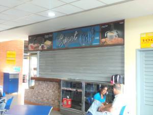 Local Comercial En Venta En Maracay - Base Aragua Código FLEX: 19-365 No.2
