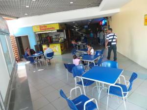 Local Comercial En Venta En Maracay - Base Aragua Código FLEX: 19-365 No.3