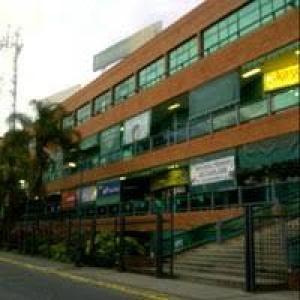 Local Comercial En Venta En Maracay - Base Aragua Código FLEX: 19-365 No.8