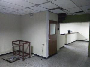 Local Comercial En Venta En Maracay - Zona Centro Código FLEX: 19-369 No.3