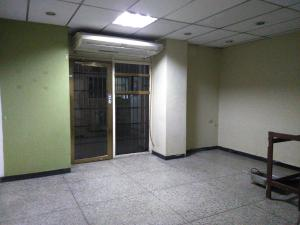 En Venta En Maracay - Zona Centro Código FLEX: 19-369 No.4