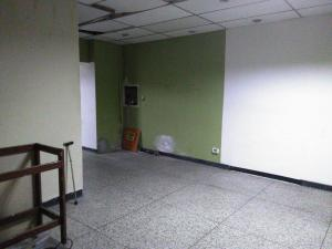 Local Comercial En Venta En Maracay - Zona Centro Código FLEX: 19-369 No.5