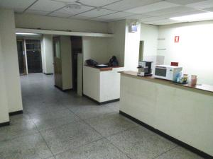 Local Comercial En Venta En Maracay - Zona Centro Código FLEX: 19-369 No.6