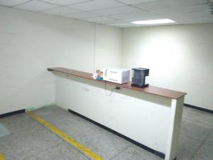 Local Comercial En Venta En Maracay - Zona Centro Código FLEX: 19-369 No.8