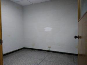 En Venta En Maracay - Zona Centro Código FLEX: 19-369 No.15