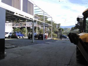 Galpon - Deposito En Venta En Maracay - La Barraca Código FLEX: 19-370 No.2