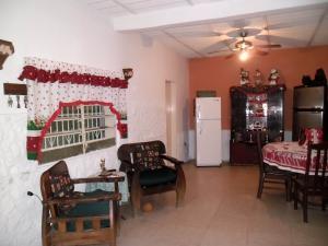 Casa En Venta En Maracay - Santa Rita Código FLEX: 19-504 No.7