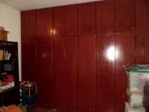 Casa En Venta En Maracay - Santa Rita Código FLEX: 19-504 No.14