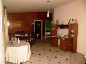 Casa En Venta En Maracay - El Limon Código FLEX: 19-508 No.4