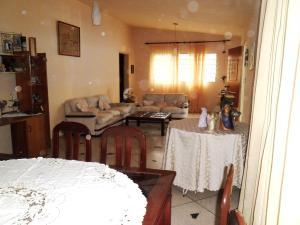 Casa En Venta En Maracay - El Limon Código FLEX: 19-508 No.6