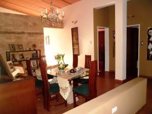 Casa En Venta En Maracay - El Castano (Zona Privada) Código FLEX: 19-509 No.6