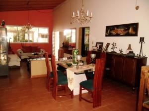Casa En Venta En Maracay - El Castano (Zona Privada) Código FLEX: 19-509 No.8