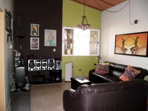 Casa En Venta En Maracay - El Castano (Zona Privada) Código FLEX: 19-509 No.11