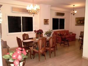 Casa En Venta En Maracay - El Castano (Zona Privada) Código FLEX: 19-511 No.4