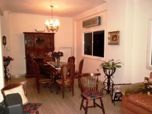 Casa En Venta En Maracay - El Castano (Zona Privada) Código FLEX: 19-511 No.5