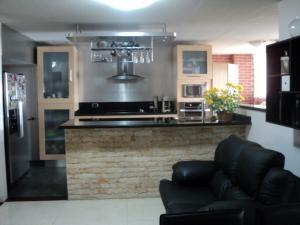 Apartamento En Venta En Caracas - Altamira Código FLEX: 19-952 No.10