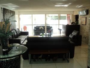 Apartamento En Venta En Caracas - Altamira Código FLEX: 19-952 No.11