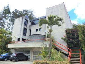 Casa En Venta En Caracas - La Boyera Código FLEX: 19-729 No.0
