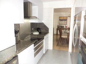 Casa En Venta En Caracas - La Boyera Código FLEX: 19-729 No.10