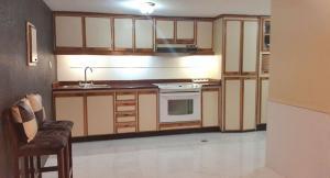 Apartamento En Venta En Caracas - Sabana Grande Código FLEX: 19-734 No.11
