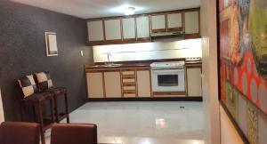 Apartamento En Venta En Caracas - Sabana Grande Código FLEX: 19-734 No.15