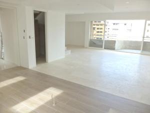 Apartamento En Venta En Caracas - El Rosal Código FLEX: 19-754 No.10