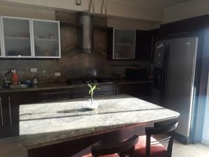 Apartamento En Venta En Caracas - Boleita Norte Código FLEX: 19-760 No.5