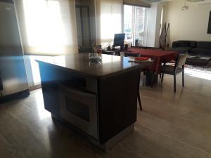 Apartamento En Venta En Caracas - Boleita Norte Código FLEX: 19-760 No.12