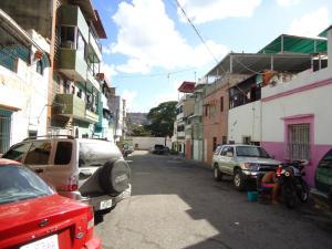Edificio En Venta En Caracas - Catia Código FLEX: 19-766 No.6