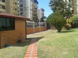 Apartamento En Venta En Maracay - San Jacinto Código FLEX: 19-771 No.2
