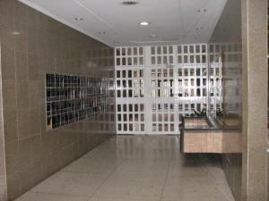 Apartamento En Venta En Maracay - San Jacinto Código FLEX: 19-771 No.3
