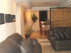 Apartamento En Venta En Maracay - San Jacinto Código FLEX: 19-771 No.8