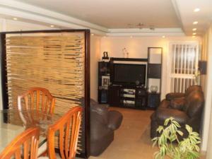 Apartamento En Venta En Maracay - San Jacinto Código FLEX: 19-771 No.14