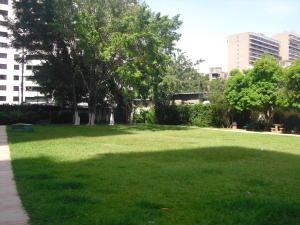 Apartamento En Venta En Caracas - Los Dos Caminos Código FLEX: 19-876 No.3