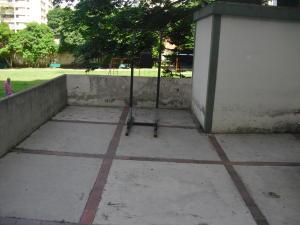 En Venta En Caracas - Los Dos Caminos Código FLEX: 19-876 No.17