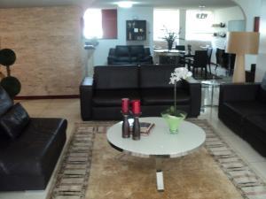 Apartamento En Venta En Caracas - Altamira Código FLEX: 19-952 No.6