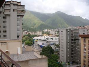 En Venta En Caracas - La Urbina Código FLEX: 19-954 No.11